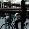 Новое мобильное приложение блокирует работу смартфона во время движения
